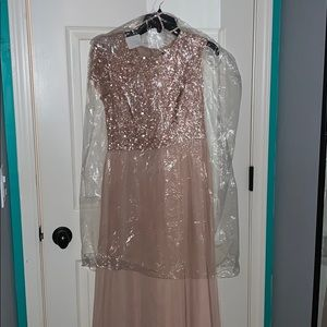 Long formal/prom/ wedding dress